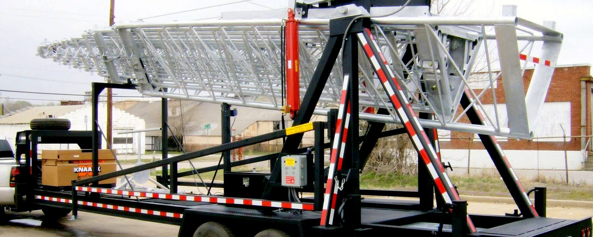 1920×768-AllTech-Communications-Cell-on-Wheels-Telescopic-Tower-Trailer-amp-Telecom-Shelter-Manufacturing-Company-Slider-2